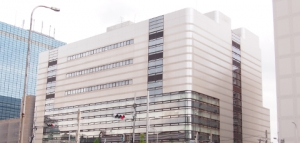 大阪箕面新倉庫外観画像