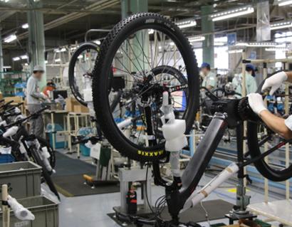 電動アシスト自転車の製造・検査・梱包・出荷イメージ